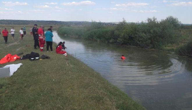 Foto: Primul suspect în cazul fetiţei ucise în urmă cu o lună, găsit mort într-un râu