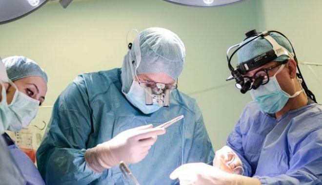A fost realizată prima operaţie intervenţională la inimă cu hologramă - 646x404-1528886397.jpg