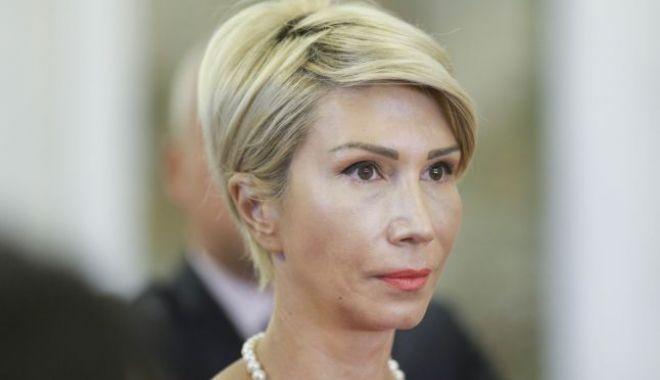 Foto: Turcan: Îi solicit public lui Călin Popescu Tăriceanu să împiedice distrugerea Pilonului 2 de pensii