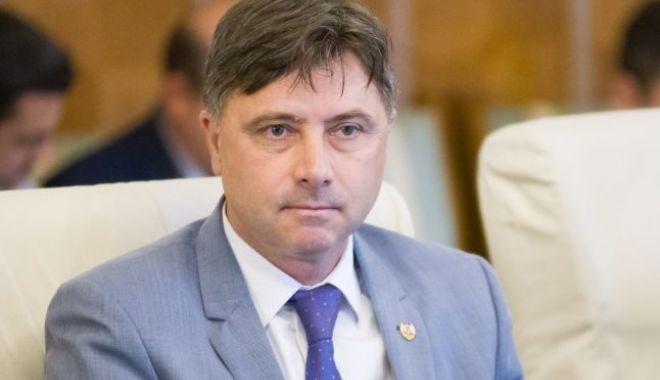 Ministrul propus pentru Relaţia cu Parlamentul - Viorel Ilie - 646x4041-1516977823.jpg