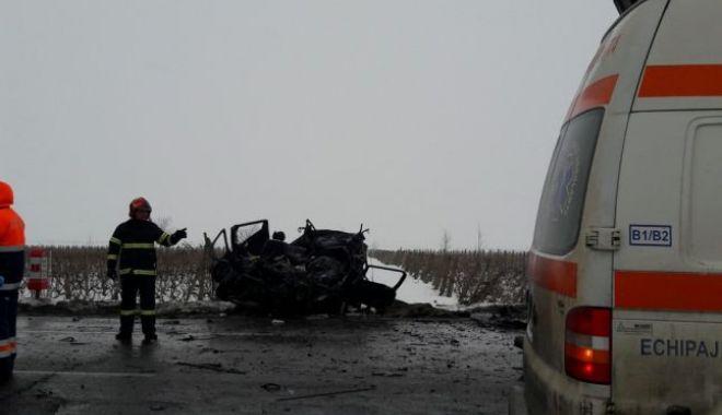 Foto: UPDATE. Accident cumplit pe E85, provocat de un sinucigaș! Șoferul e bănuit că și-a înjunghiat soția