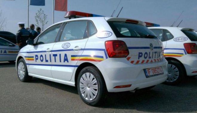 Foto: 100 de maşini noi pentru Poliţia Română