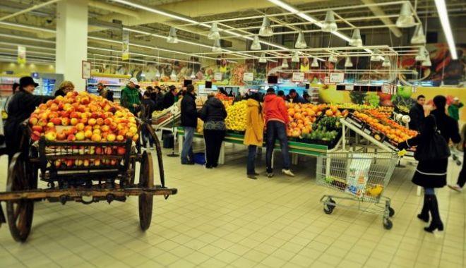 Foto: Alimente cu dublu standard: Banii înapoi pentru clienți!