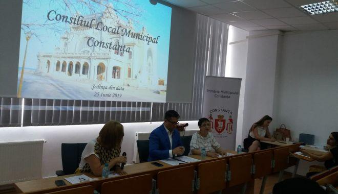 UPDATE - A început şedinţa Consiliului Local Municipal Constanţa. Iată ce se discută