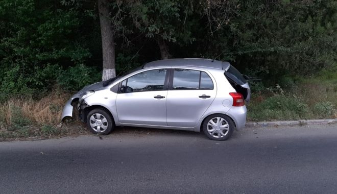 Accident rutier pe DN39, după ce un șofer a tăiat linia dublă - 66447270695667614239635654897012-1562929532.jpg