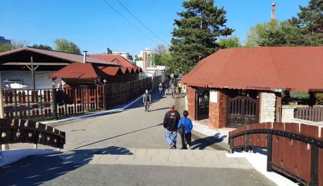 GALERIE FOTO / Este activitate în Satul de Vacanță. Constănțenii au ieșit la plimbare - 7-1620572615.jpg