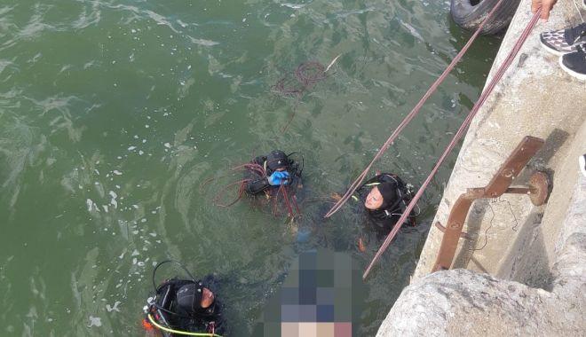 O femeie s-a aruncat de pe podul de la Agigea! A fost găsită MOARTĂ! - 70338548435403207075885785706228-1568012007.jpg