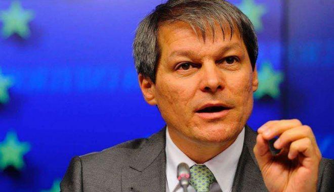 Foto: Cioloş, despre acuzaţiile privind legăturile sale cu serviciile secrete