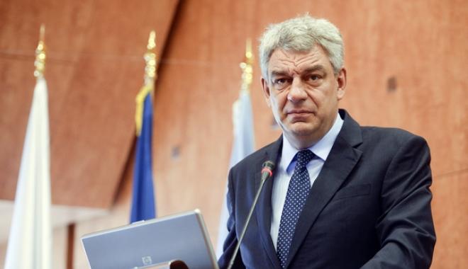 Foto: Mihai Tudose, convocat azi de PNL la Parlament pentru a da explicaţii despre situaţia economică