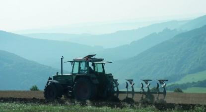 Foto: APDRP a achitat până la sfârşitul anului trecut 182 milioane euro pentru proiectele din agricultură