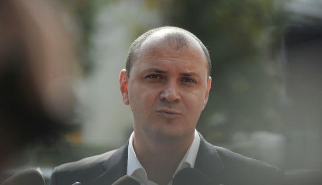 Foto: Sebastian Ghiță, achitat în dosarul șefilor de Poliție din Prahova. Instanța a revocat mandatul de arestare