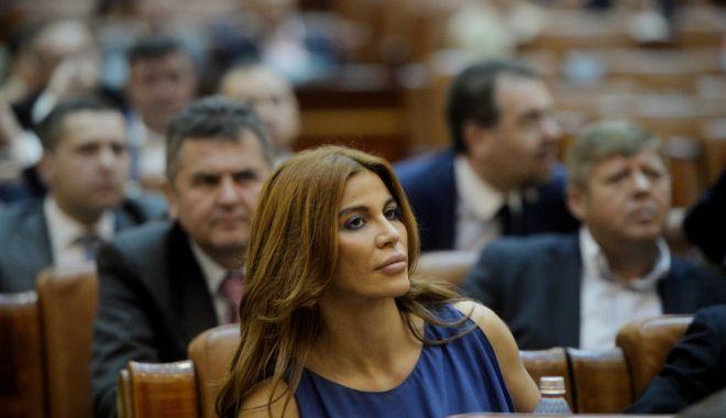 """Foto: Andreea Cosma, despre Negulescu: """"Să spună cum mi-a stricat cariera, cum am pierdut sarcina"""""""