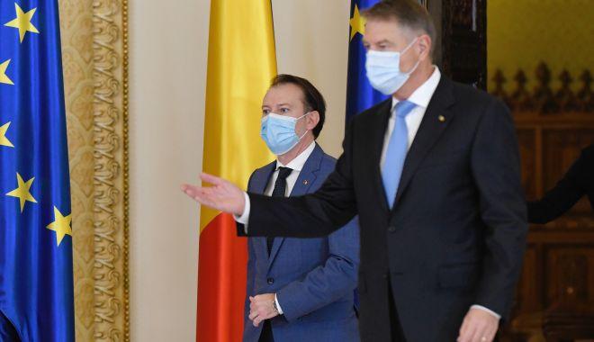 Preşedintele şi premierul vizitează centrul de vaccinare anti-COVID de la Spitalul Militar din Constanţa - 7618876mediafaxfotoandreeaalexan-1620281380.jpg