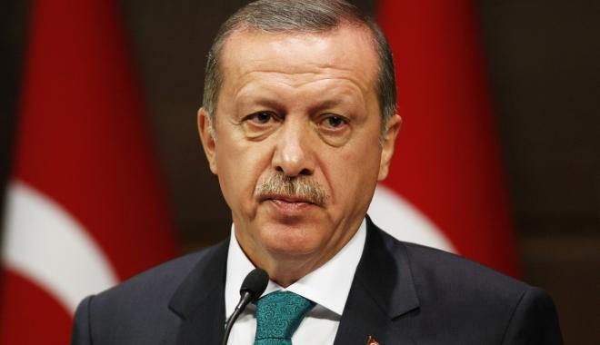"""Foto: Erdogan: """"Referendumul reprezintă un vot pentru viitorul Turciei"""""""
