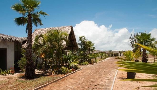 CUM ARATĂ HOTELUL LUI RADU MAZĂRE DIN MADAGASCAR / GALERIE FOTO - 8-1465969544.jpg