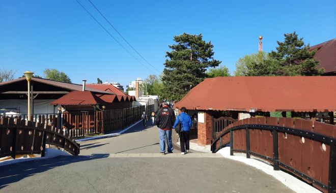 GALERIE FOTO / Este activitate în Satul de Vacanță. Constănțenii au ieșit la plimbare - 8-1620572626.jpg