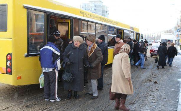 Foto: Cum vor circula autobuzele �n minivacan�a de 1 Mai �i Pa�te