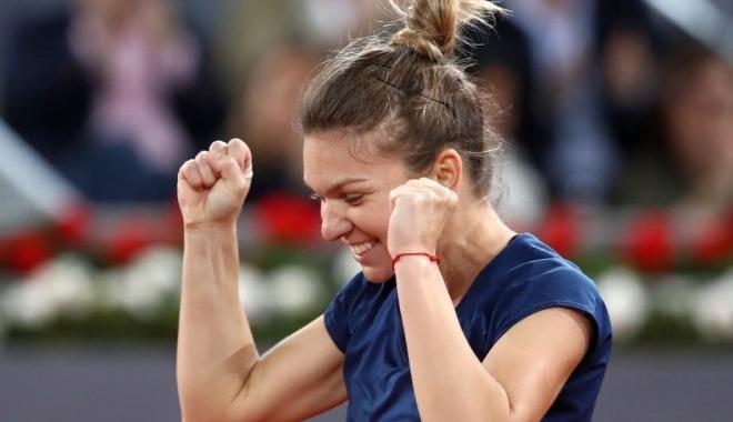 Foto: Tenis: Simona Halep s-a calificat fără emoții în semifinalele turneului de la Roma