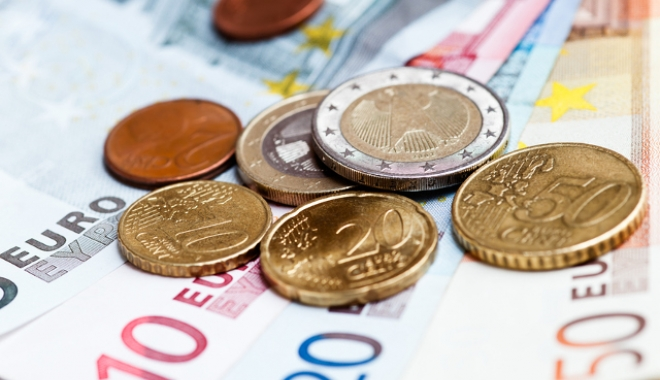 Foto: Euro a recuperat 0,04% în lupta cu leul. IATĂ COTAŢIA ZILEI