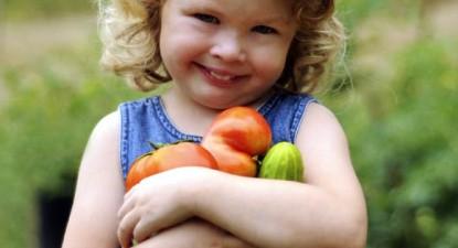 Foto: Creştem mari mâncând legume!