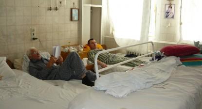 Foto: Spitalul Judeţean vrea să se doteze cu lenjeriile de pat casate de hotelieri