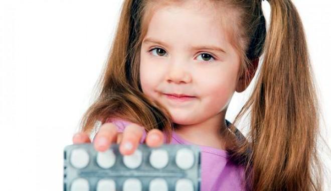 Foto: Cum preveniţi otrăvirea accidentală a copilului