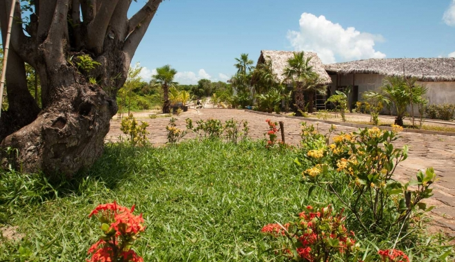 CUM ARATĂ HOTELUL LUI RADU MAZĂRE DIN MADAGASCAR / GALERIE FOTO - 9-1465969533.jpg