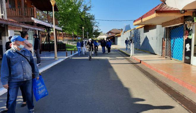 GALERIE FOTO / Este activitate în Satul de Vacanță. Constănțenii au ieșit la plimbare - 9-1620572635.jpg