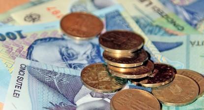 Foto: Leul pierde în faţa monedei europene