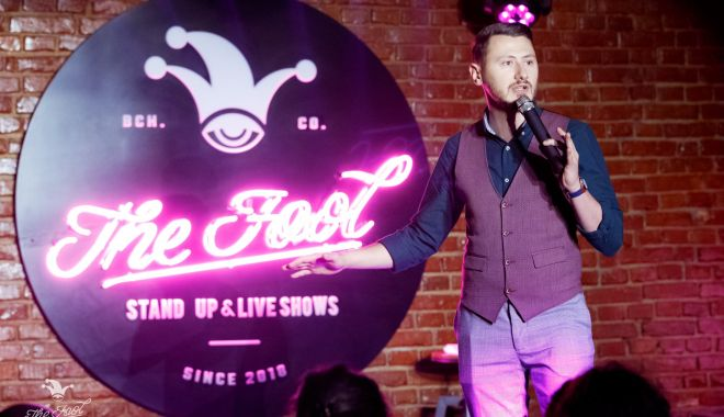 Foto: A fost lansat primul club de comedie virtual, Fool's Home Delivery sau Fool HD