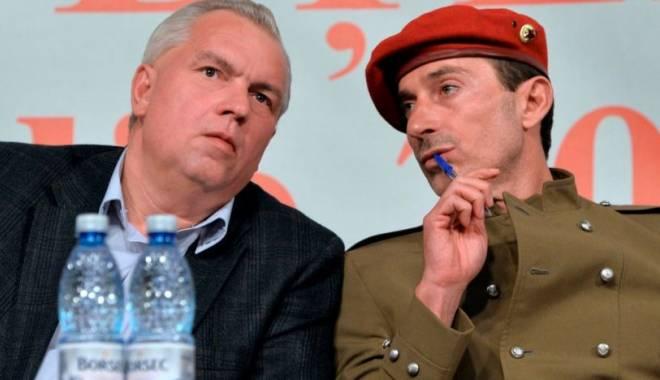 Foto: Nicu�or Constantinescu �i Radu Maz�re, oferta�i de UNPR