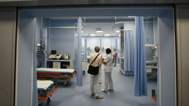 Şedinţă de guvern miercuri. OUG privind coplata serviciilor medicale la privat, pe ordinea de zi - 978x036346700-1556051400.jpg