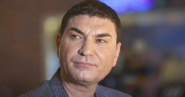 Foto: Cristi Borcea rămâne internat la Spitalul Floreasca, pe secţia de chirurgie cardiovasculară