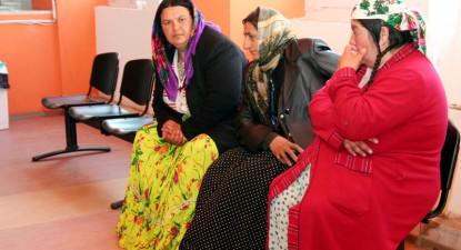 Romii și obstacolele care îi țin departe de sistemul sanitar - a40b79883497c9cf19e38b2bea41a4a7.jpg