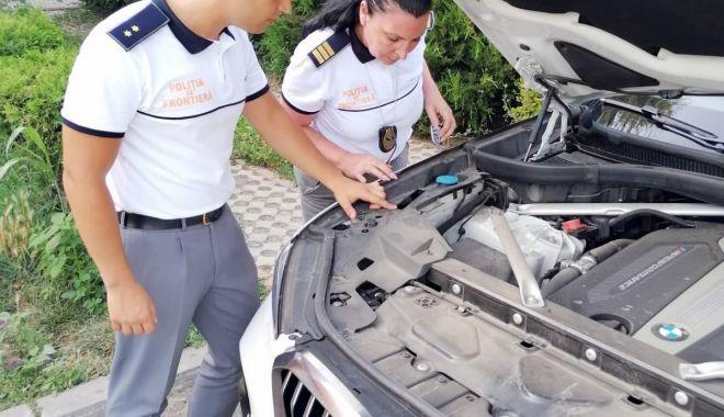 Autoturism de lux căutat de autoritățile din Italia, descoperit de poliţiştii de frontieră constănţeni - a4e43d41dc87470a9c2082337ff0d86b-1627716558.jpg