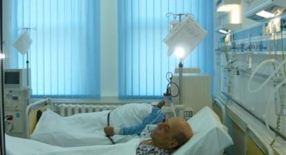 Foto: Bolnavii cu insuficienţă renală pot face dializă, din nou, la Spitalul Judeţean