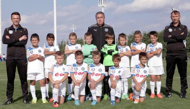 """Foto: Academia Hagi, reprezentată de două echipe la """"Cupa Interstar"""""""