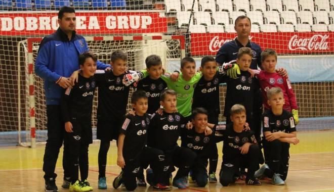 Fotbal: Academia Hagi și-a aflat adversarele de la turneul final al Memorialului Ola - academia-1450256558.jpg