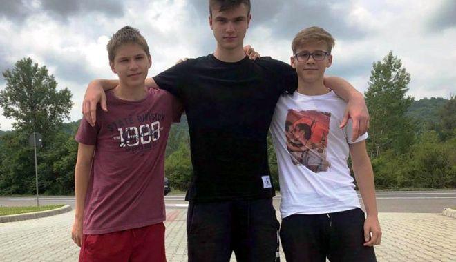 Juniori de la Academia HCDS, incluşi în Programul Talent - academia-1528991953.jpg
