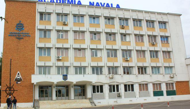Foto: Și Academia Navală