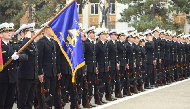 """Foto: Sute de locuri, pentru o carieră militară, la Academia Navală """"Mircea cel Bătrân"""""""