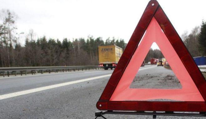 Foto: Accident grav în Ungaria: O româncă a murit, iar alți opt conaționali au fost răniți