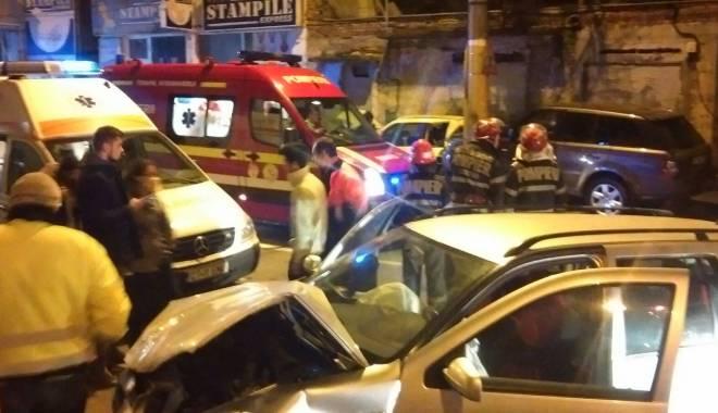 Galerie foto. Accident soldat cu patru victime, în Constanţa - acc1-1456652043.jpg