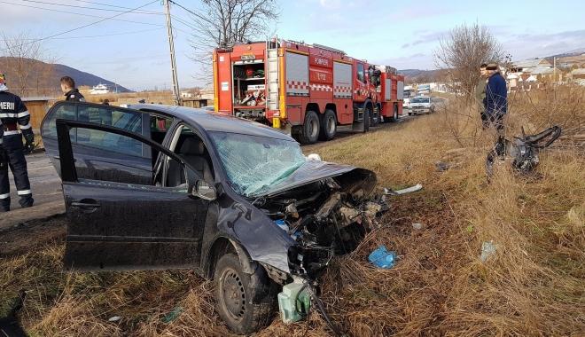 Foto: GALERIE FOTO / Accident rutier violent, 13 răniţi, trafic de coşmar