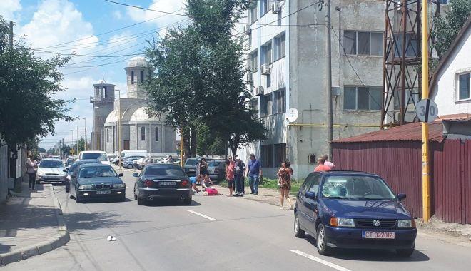 Foto: Accident rutier grav pe strada Pelicanului din Constanţa. UN PIETON A FOST RĂNIT