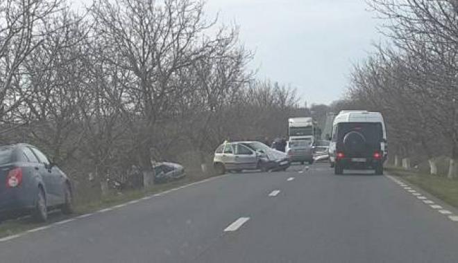 Foto: ŞOSEAUA BLESTEMATĂ! Două accidente grave în mai puţin de 12 ore, în acelaşi loc, la Constanţa. O PERSOANĂ A MURIT!