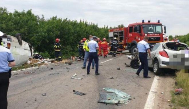 Încă un accident grav. Trei oameni au murit și altul a fost grav rănit - acc2-1591451474.jpg