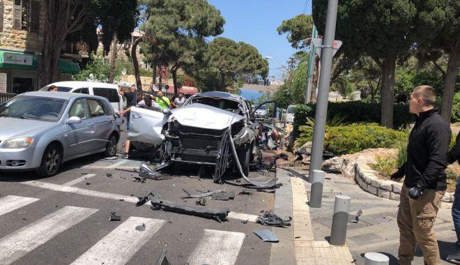 Foto: Israel: Un vehicul-capcană a explodat în oraşul Haifa