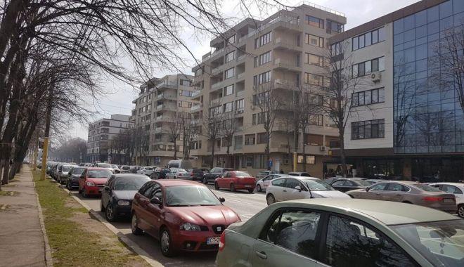 """Foto: Trei mari bulevarde, reablitate și modernizate: """"Mai bine de 20 milioane de euro vor veni în municipiul Constanța"""""""