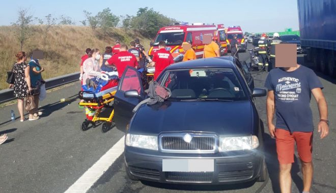 ACCIDENT GRAV, pe Autostrada Soarelui, spre litoral! 9 victime au ajuns la spital! - acca23-1594275697.jpg